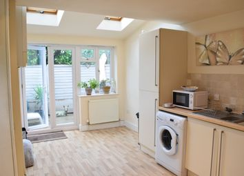 Thumbnail 3 bed cottage to rent in Bilsham Road, Yapton, Arundel