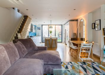 Thumbnail Serviced town_house to rent in Herrick Road, London