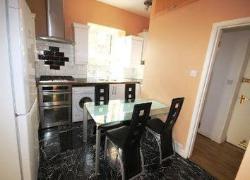 Thumbnail 3 bed flat to rent in Burnham Street, Bethnal Green