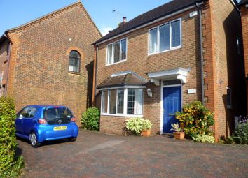 Thumbnail 4 bed detached house to rent in King George Avenue, Petersfield