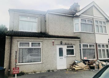 Thumbnail 5 bed terraced house to rent in Rainham, Essex