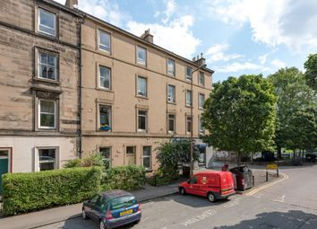 Thumbnail 1 bedroom flat for sale in 117/3 Montgomery Street, Edinburgh