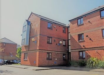 Thumbnail 1 bed flat to rent in 22 St Nicholas Square, Marina, Swansea. 1Ug.