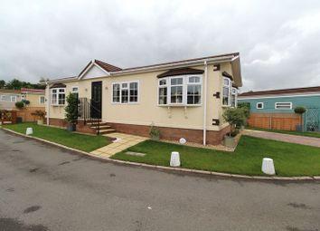 2 bed mobile/park home for sale in Woodlands Park, Almondsbury, Bristol BS32
