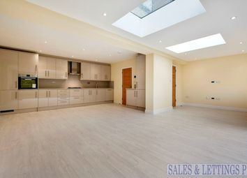 Thumbnail 4 bed property to rent in Lanark Road, London
