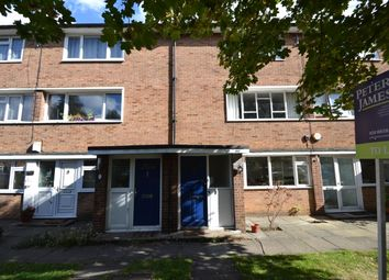 2 bed maisonette to rent in Lyme Farm Road, London SE12