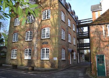 Thumbnail 2 bed flat to rent in Grove Mill Lane, Watford