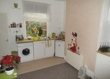Thumbnail 1 bed flat to rent in Westhill Dr, Mansfield