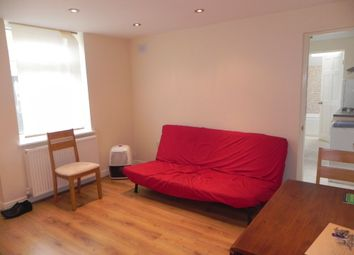 Thumbnail 1 bed flat to rent in Queens Road, Guildford