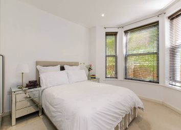 Thumbnail 2 bedroom flat for sale in Wendle Square, Battersea Park