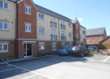 Thumbnail 2 bed flat to rent in Collingwood Crescent, Swindon