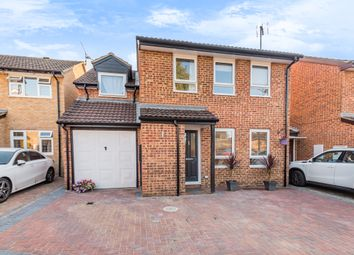 Speedwell Way, Horsham RH12. 4 bed link-detached house