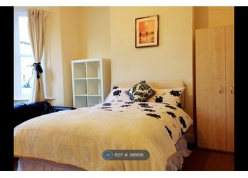 Thumbnail Room to rent in Selkirk Road, London