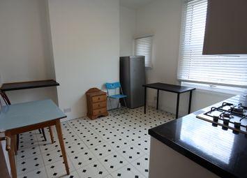 3 bed maisonette to rent in Kilburn Lane, Kensal Green/Ladbroke Grove W10