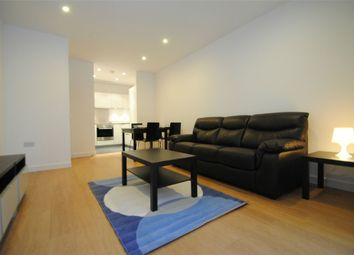 Thumbnail 1 bed flat to rent in Rossetti Apartments, Saffron Central Square, Croydon