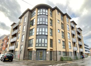 1 bed flat for sale in Canal Walk, Southampton SO14
