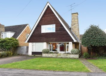 Thumbnail 3 bed property for sale in Meadow Road, Wokingham