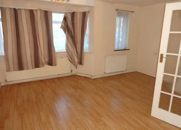 Thumbnail Town house to rent in Ashford Avenue, Hayes, Middlesex
