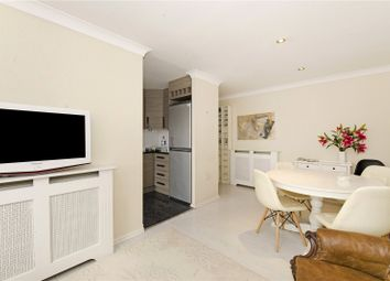 2 bed maisonette to rent in Essex Road, Islington, London N1