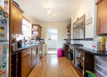 Thumbnail 3 bed property to rent in Oval Road, East Croydon