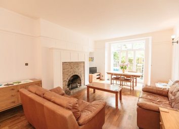 Thumbnail 2 bed flat to rent in Glencairn Crescent, West End, 5BT