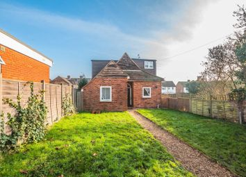 Thumbnail 3 bedroom detached house for sale in Cookham Road, Maidenhead