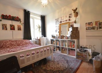 Thumbnail 4 bed property for sale in Morning Lane, Hackney