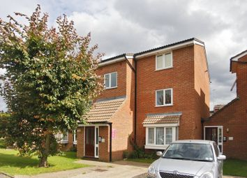 Thumbnail 1 bed flat to rent in Poplar Grove, Friern Barnet