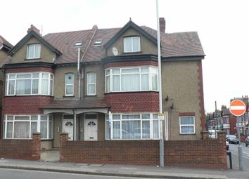 Thumbnail 2 bed flat for sale in Dunstable Road, Luton, Beds