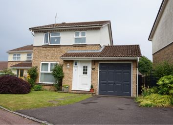 Thumbnail 3 bed detached house for sale in Hatchgate Copse, Bracknell