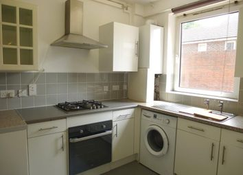 Thumbnail 2 bed flat to rent in Pathfield Road, London