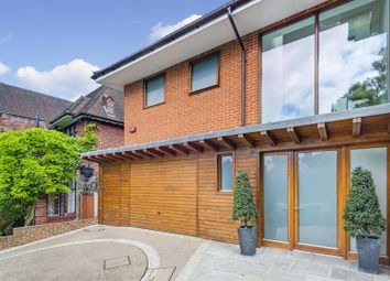 Thumbnail 5 bed property for sale in Platts Lane, London