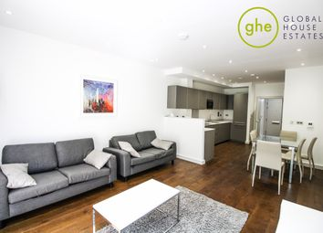 Thumbnail 4 bed town house to rent in Hawthorne Crescent, London