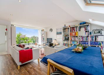 Thumbnail 2 bed flat to rent in Alexandra Road, Turnpike Lane, London