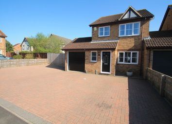 Thumbnail 3 bed detached house for sale in Bullfinch Gardens, Aylesbury