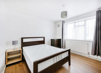 Thumbnail 2 bedroom flat to rent in Crescent Lane, London