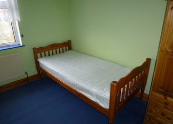 Thumbnail Room to rent in Roping Road, Yeovil