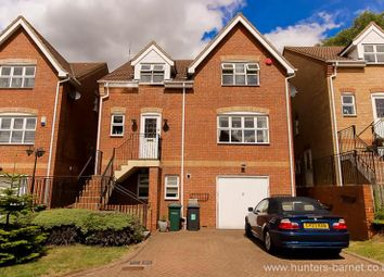 Thumbnail 5 bed detached house to rent in Darlands Drive, Barnet