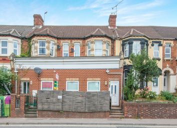 Thumbnail 2 bedroom flat for sale in Millbrook Road West, Southampton