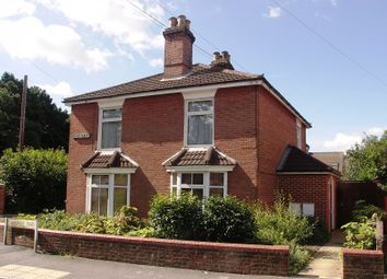 Thumbnail 1 bed flat for sale in Radstock House, Radstock Road, Southampton