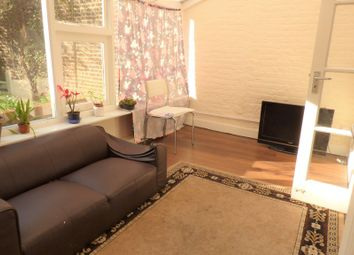 Thumbnail 3 bedroom flat to rent in Church Walk, Enfield