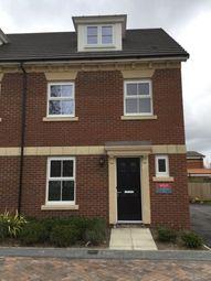 4 bed property to rent in Hepworth Gardens, Wakefield, Yorkshire WF1