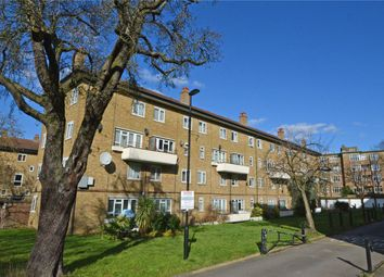 Paynell Court, Lawn Terrace, Blackheath, London SE3. 3 bed flat for sale
