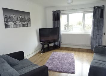 Thumbnail 1 bed flat to rent in High Street, Graig, Pontypridd