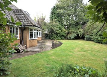Thumbnail 4 bed cottage for sale in Holton Road, Tetney