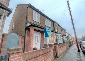 Thumbnail 3 bed detached house for sale in Queens Road, Waltham Cross
