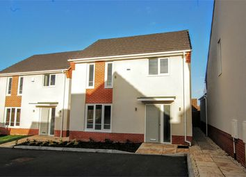 Thumbnail Detached house for sale in Grays Close, Thrapston, Kettering