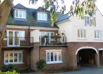 Thumbnail 2 bed flat for sale in Heath Road, Locks Heath, Southampton, Hampshire.