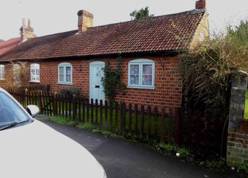 Thumbnail 2 bedroom cottage to rent in Station Road, Earley, Reading