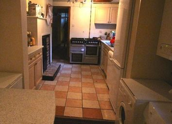 Thumbnail 6 bed shared accommodation to rent in Hanover Square, Leeds